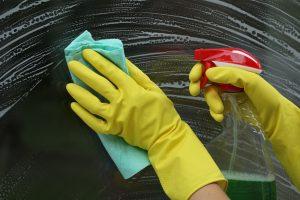 mytí špinavých oken