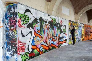 Čím zabráním abych neměl na zdi graffiti