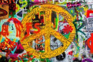 Odstraňování graffiti z fasád