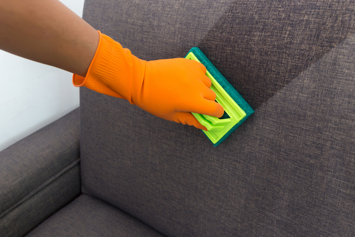 Pokud chcete mít koberec vkuchyni, je třeba jej nechávat pravidelně čistit. Tepování sedaček Praha