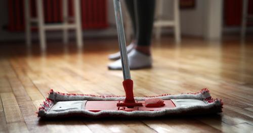 Jak vyčistit podlahu vgarsonce. Voskování linolea, hydrofobní impregnace průmyslových podlah Brno