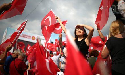 Erdoğan chce být islámským šampionem, přesto sním Evropa musí mluvit