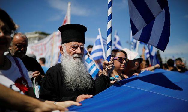 Řecko vyhostí dva ruské diplomaty. Moskva chtěla překazit dohodu sMakedonií