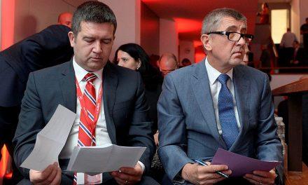 Referendum může ČSSD rozervat, ať dopadne jakkoli