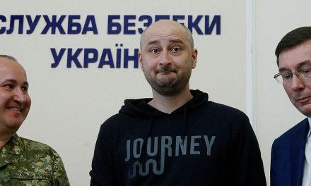 Babčenkova fingovaná vražda není jako ruská dezinformační kampaň