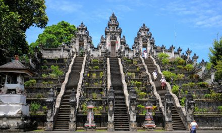 Eat, Pray, Cover Up: Bali Plans New Rules for Temple Visitors After a Decline in 'Tourist Quality'