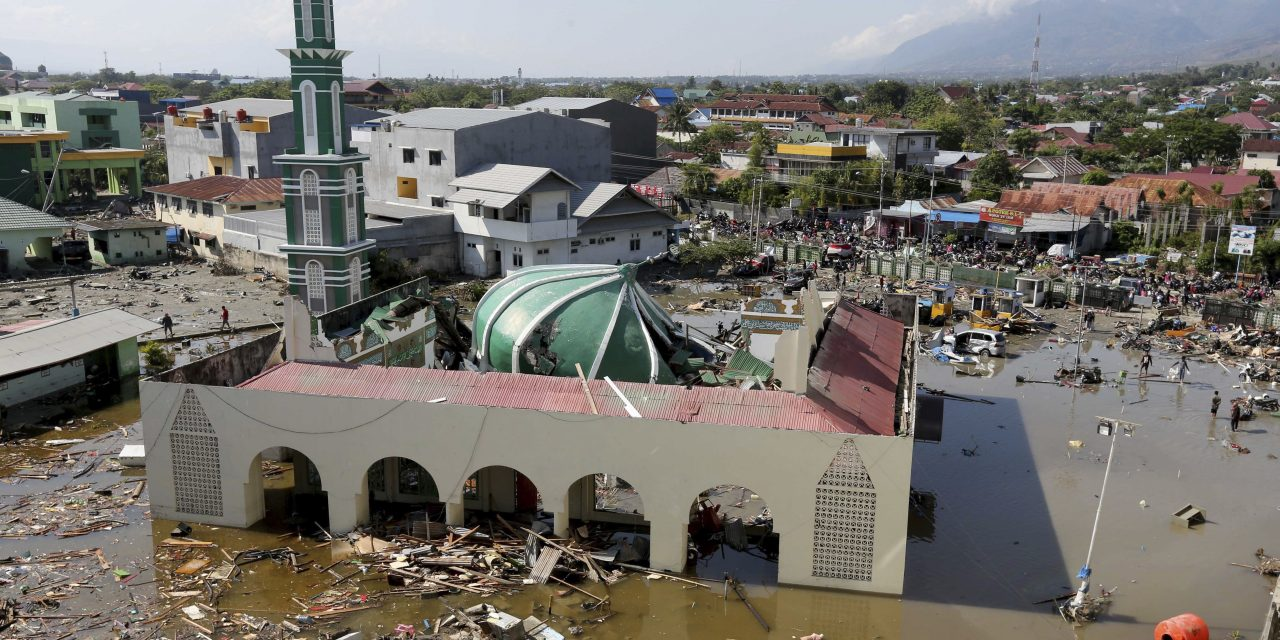 Mass Burials to Begin After Earthquake and Tsunami Strike Indonesia