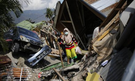 Survivors of Indonesia's Devastating Earthquake Grow Desperate as Death Toll Exceeds 1,200
