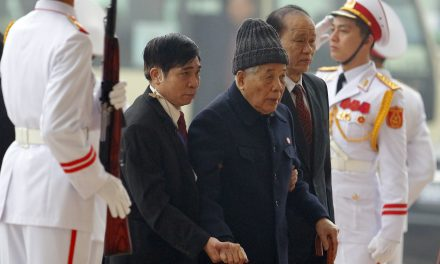 Vietnam's Former Communist Party Chief Do Muoi Dies at 101