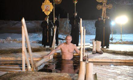 Vladimir Putin's Charm Offensive Kicks Off Another Year With 2019 Calendar