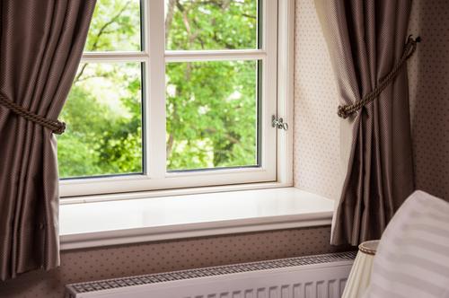 Umývanie okien po stavbe v Bratislave, Výškové umývanie okien, výkladov, čistenie fasád, výškové práce