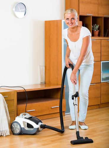 Mechanické, hĺbkové čistenie a voskovanie podláh a linolea Košice, Strojové čistenie, Umývanie, podláh