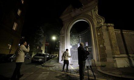 Kosti nalezené na vatikánské ambasádě oživily případ záhadně zmizelých dívek