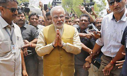 Indie odhalí nejvyšší sochu světa. Bude spatra shlížet na muslimy