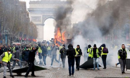 Paris Police Clash With Demonstrators Protesting Rising Fuel Taxes