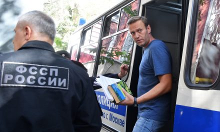 Russia Bars Opposition Leader Alexei Navalny From Leaving the Country