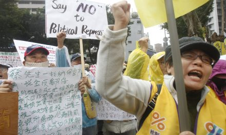 Thousands Join Tax Protest in Taiwan, With a Nod to French 'Yellow Vests'