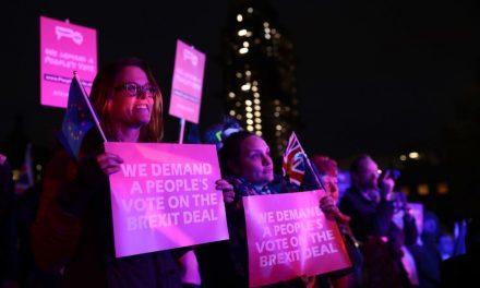 U.K. Lawmakers Overwhelmingly Reject Theresa May's Brexit E.U. Divorce Deal