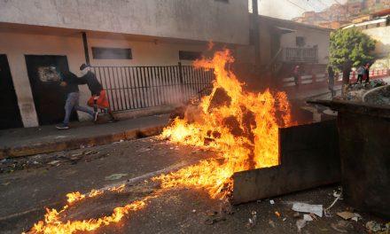 Venezuela Puts Down Mutiny With National Guard Unit