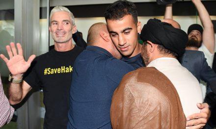 Supporters Greet Bahraini Refugee Soccer Player Upon Long-Awaited Return to Australia