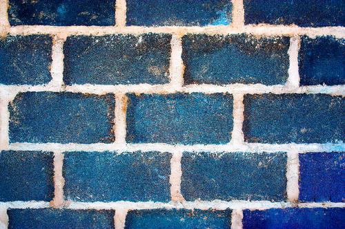 Proti plísňový nátěr na dezinfekci zelených řas na zateplené fasádě. Tlakové čištění stěn a fasád