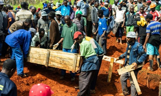 Burials and National Mourning Underway for Cyclone Idai Victims in Zimbabwe and Mozambique