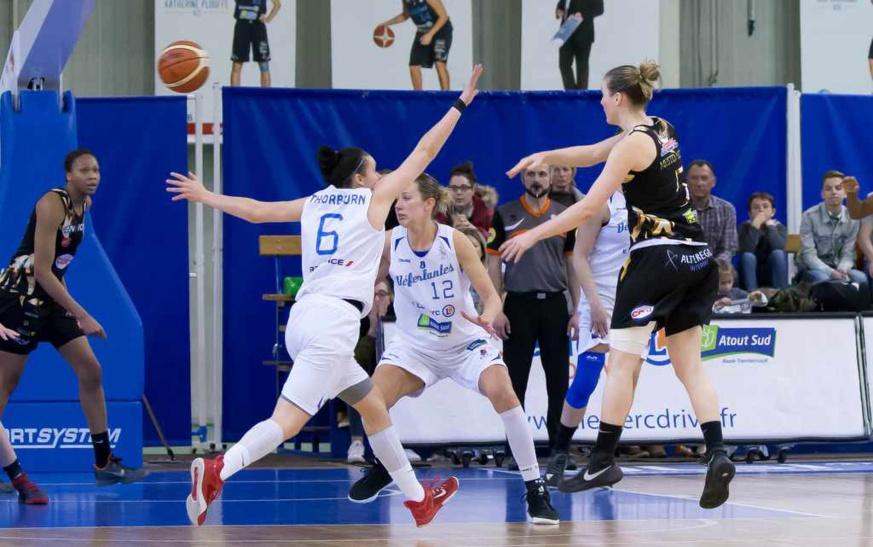 L'équipe Nantes Rezé Basket se déplace à Derval