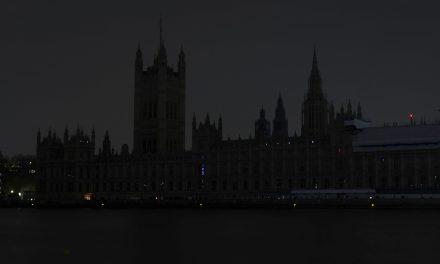 Cities Around the World Go Dark for Earth Hour, in a Call for Action on Climate Change