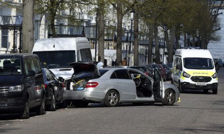 London Police Fire on Car Ramming Into Vehicles Outside Ukrainian Embassy