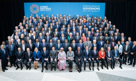 Global Finance Officials Pledge to Lift World Economy Out of Slowdown