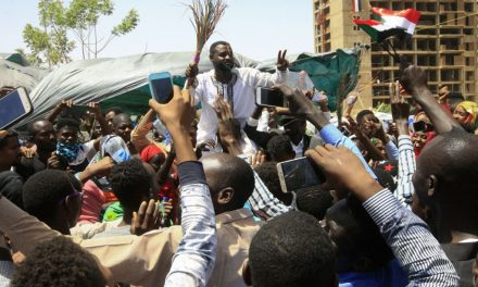 Sudanese Military Holds First Meeting With Protesters Since Ousting President al-Bashir