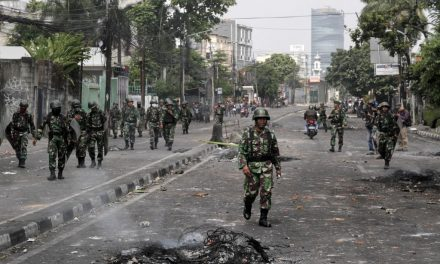 6 Die During Riots in Indonesia Over Election Results