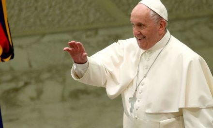 Pope Francis Says Discrimination Against Migrants 'Is an Alarm Bell Warning' of World's 'Moral Decline'