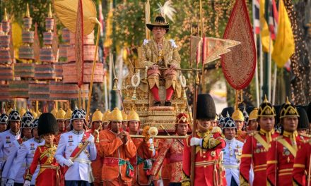 Watch Thailand's New King Being Carried Through the Capital in a Spectacular Procession