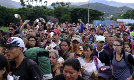 After 4 Months, Venezuela Reopens Border Crossing With Colombia