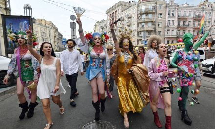 Thousands March in Kiev for LGBTQ Pride Parade