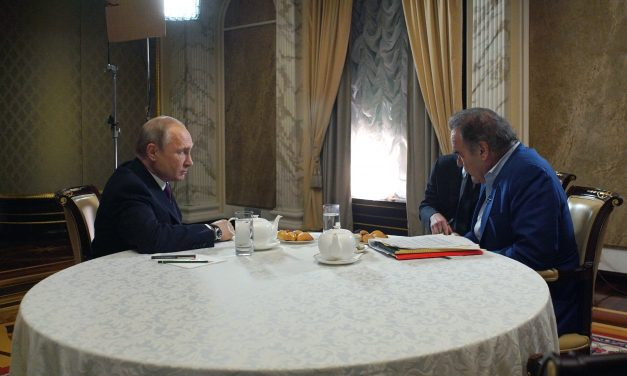 Putin Says Russians and Ukrainians Are 'One People'