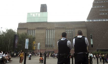 Teen Arrested After Allegedly Throwing 6-Year-Old Off Roof at London's Tate Modern, Police Say