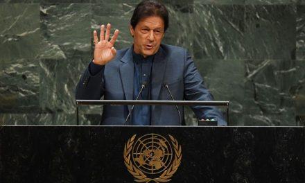 Pakistani Prime Minister Warns of 'Bloodbath' in Kashmir Region