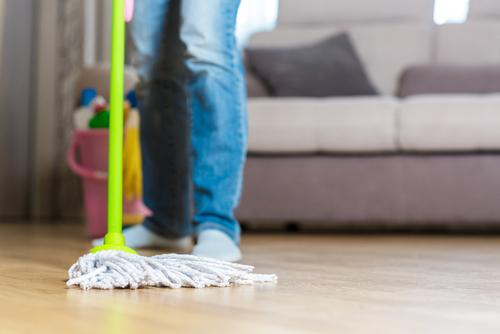 Je možné zrenovovat prakticky jakoukoli podlahu